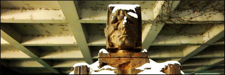 """Skulptur """"Antimensch"""", Zbigniew Fraczkiewicz"""