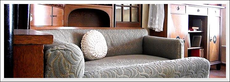 Wohnzimmer, gefertigt von der Mainzer Möbelfabrik Bembe, 1910