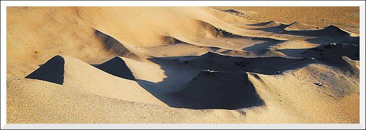 Sandhaufen im Zoll- und Binnenhafen