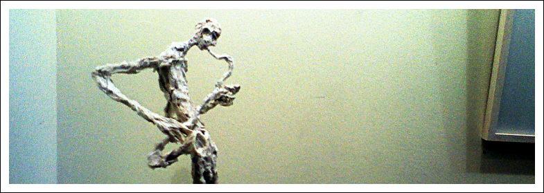 Skulptur (Papier, Draht), Rathaus